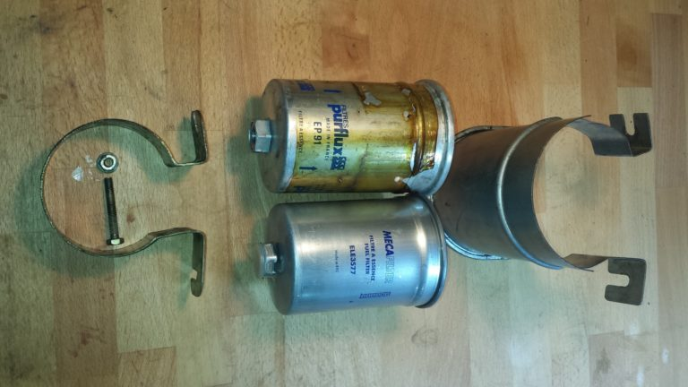 Peugeot 205 GTI – Fuel Filter Replacement