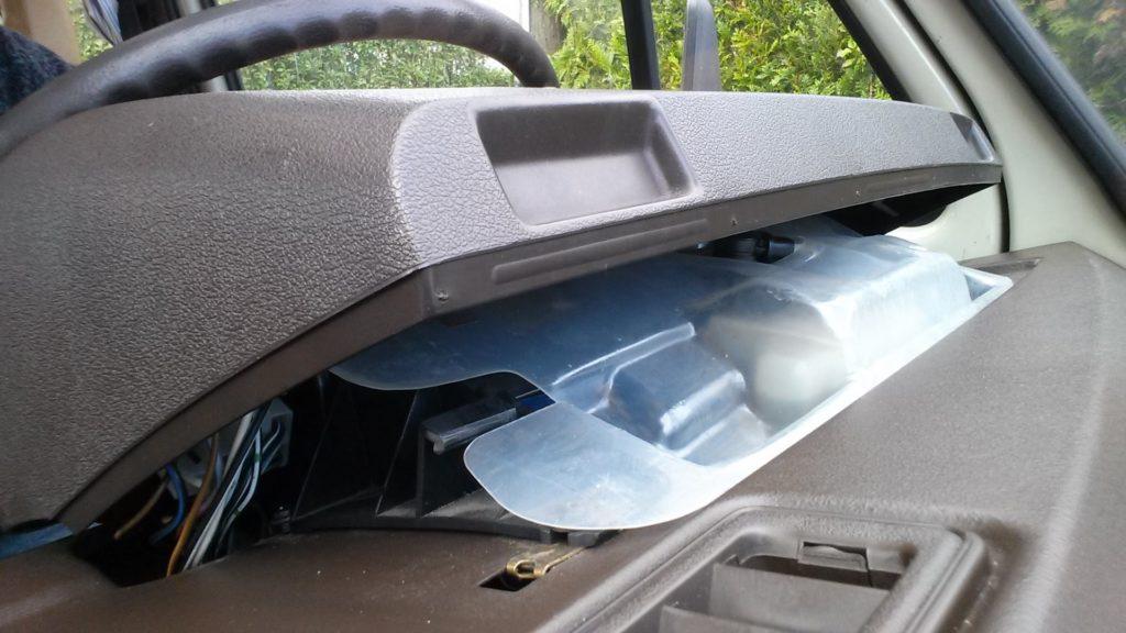 VW Transporter T3/T25/Vanagon instrument assembly cover